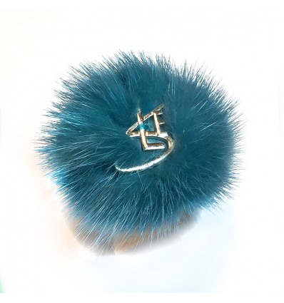 MINK FUR RING IN TURQUOISE