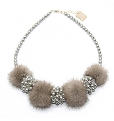 FUR AND SWAROVSKY NECKLACE IN LIGHT GREY